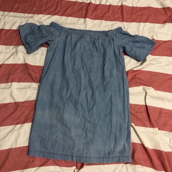 38faf810e8b2 Madewell Dresses   Skirts - Madewell Denim Azalea Off-the-Shoulder Dress